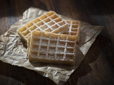 Baking paper with wafles